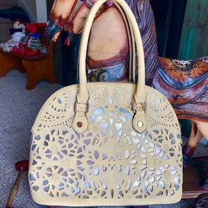 Beautiful bag by Call it Spring in soft yellow